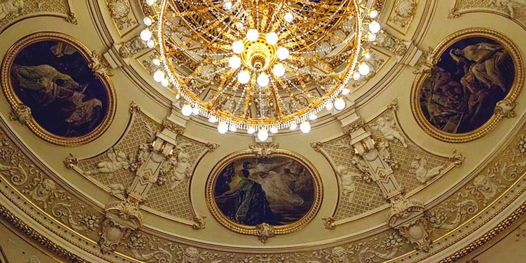 Slike Gustava Klimta na svodu kazališta u Rijeci